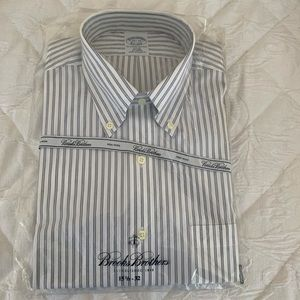 NWT Brooks Brothers Slim Fit Non Iron Shirt